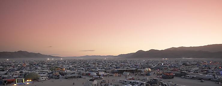 Burning Man dans le désert de Black Rock (Nevada)