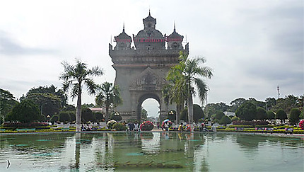 Arc de triomphe Patuxai, Laos