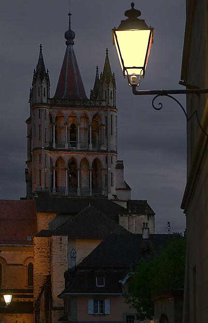 Vue nocturne de la Cité