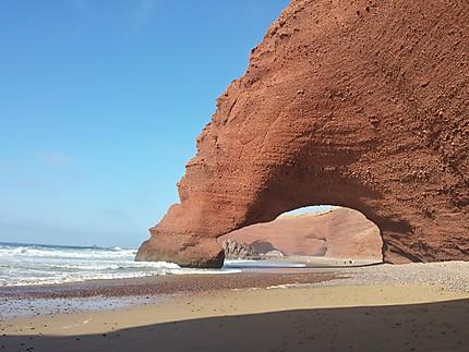 Sublime rocher sur la plage de Legzira