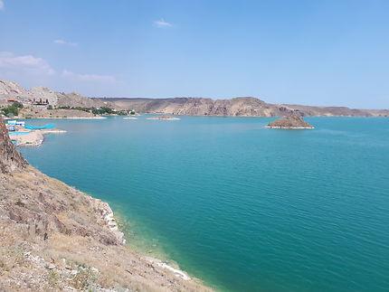Le lac Kapshagaï