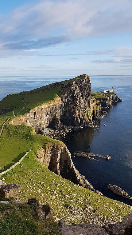 Nest point : Falaise : Neist point : Île de Skye : Îles Hébrides ...