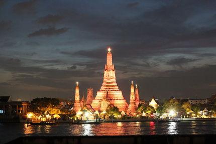 Temple Wat Arun couleur orange