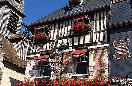 Maison à pans de bois, quai St-Etienne, Honfleur