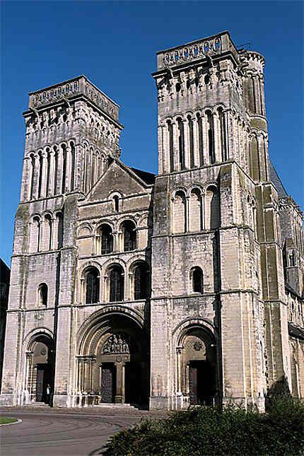 Abbaye aux Dames, Caen