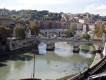 Le Tibre et les ponts