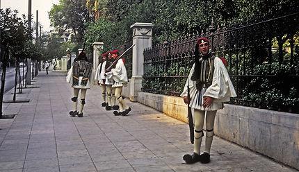 Evzones à Athènes