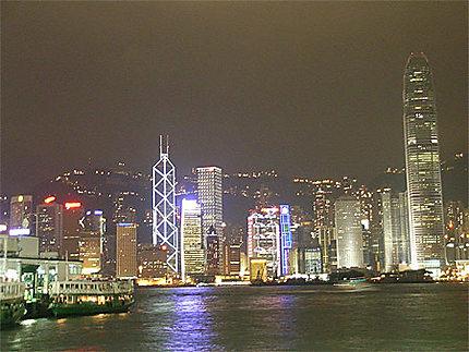 Baie de Hong Kong la nuit