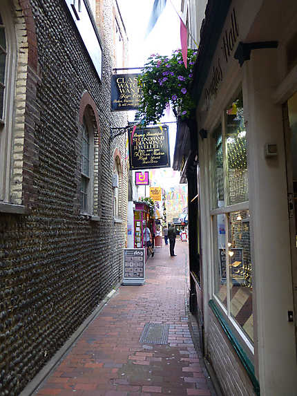 Small street in the lanes