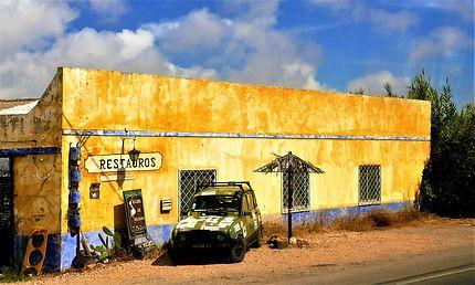 Maison originale à Olhão