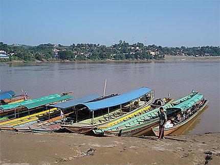 Le port pour Huai Xay (Laos) sur le Mékong