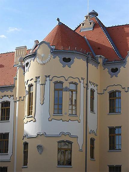 La façade du lycée Grössling