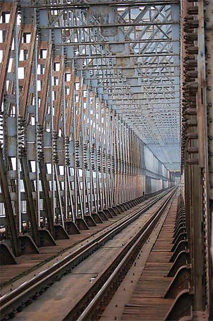 Pont du chemin de fer à Ujpest (Budapest)