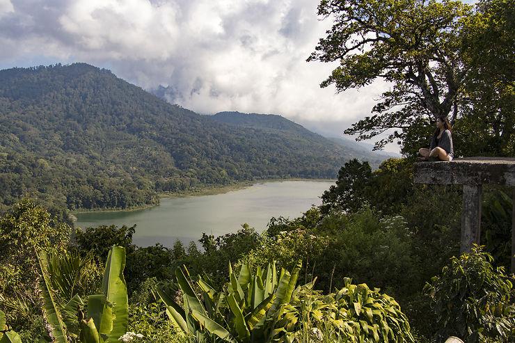 Les lacs jumeaux de Buyan et Tamblingan
