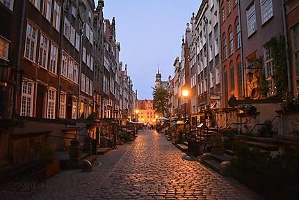 Ambiance féérique dans les petites rues de Gdansk