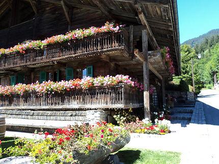 Un village bien fleuri