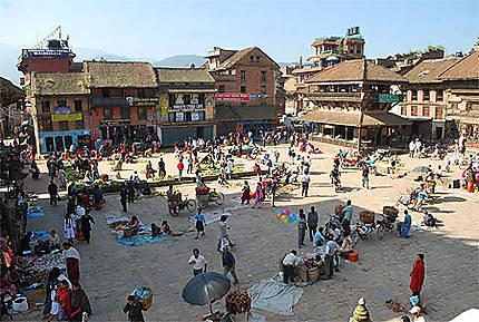 march sur la place du village march s bhaktapur vall e de kathmandu n pal. Black Bedroom Furniture Sets. Home Design Ideas
