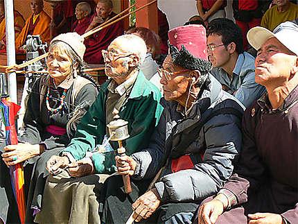 Participants au festival de Phyang