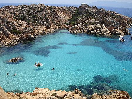 Plage de caprera plages mer isola caprera les de for Isola arreda cagliari