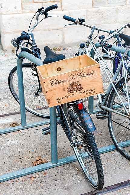 Bordeaux - Caisse de vin, porte-bagage