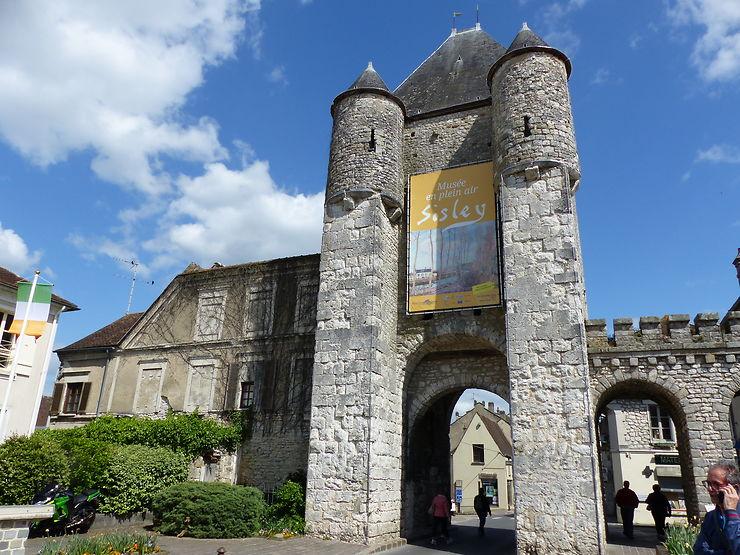 Porte de Samois à Moret-sur-Loing, Seine-et-Marne