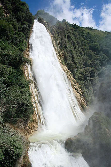 Cascade du Chiflon