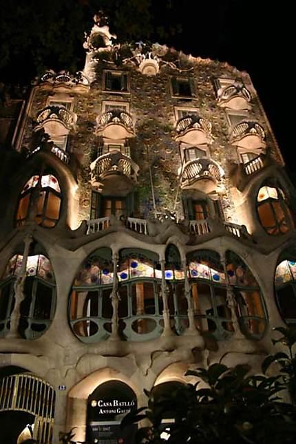 Casa Battlò, Paseig de Gracia