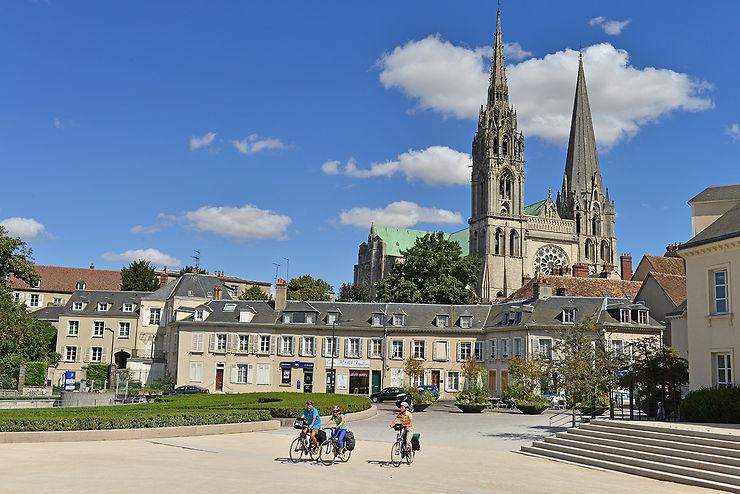 Balade à vélo dans la ville de Chartres