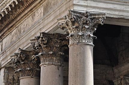 Feuilles d'acanthe du Panthéon