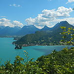 Lac d'Annecy vu du Belvédère de la Crête