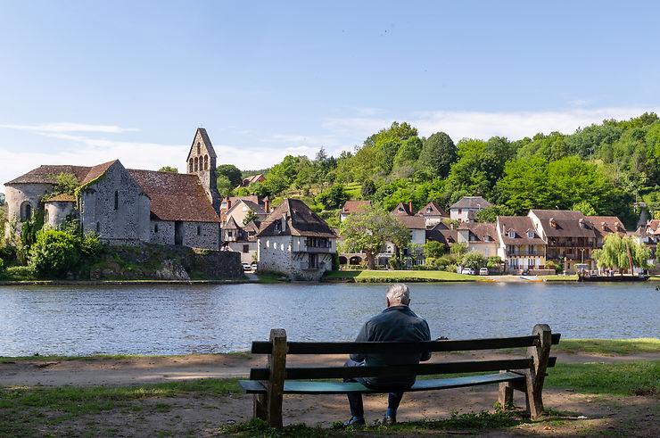 De Beaulieu-sur-Dordogne à Collonges-la-Rouge