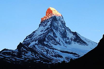 Lever de soleil sur le Matterhorn (Cervin)