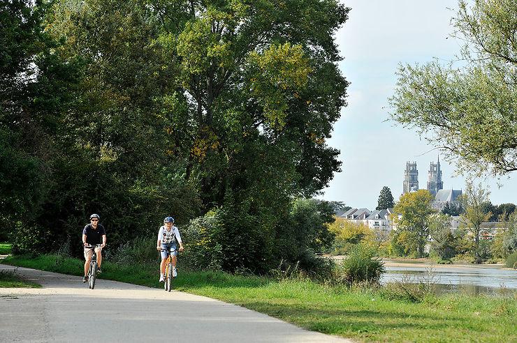 A vélo à l'île Charlemagne à Orléans