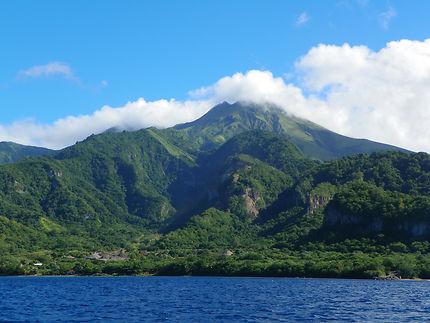 Montagne Pelée vue de la mer