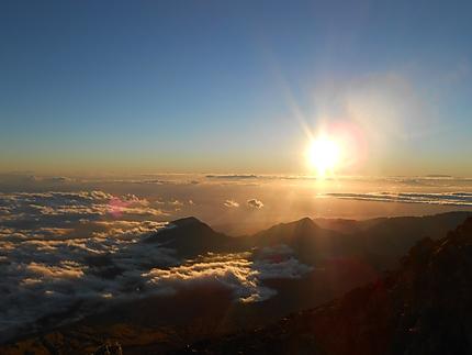 Levé de soleil au sommet