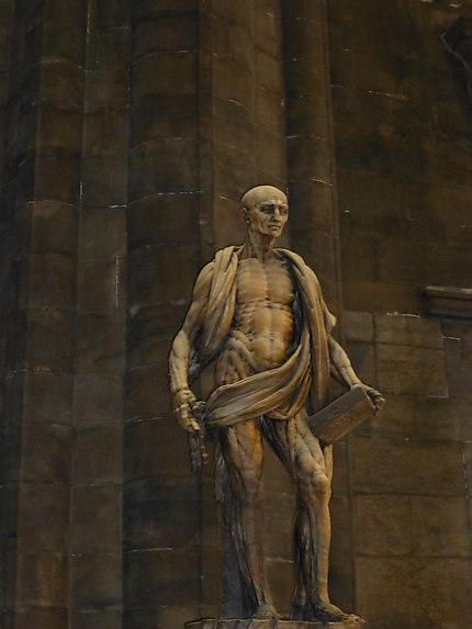 Statue impressionnante