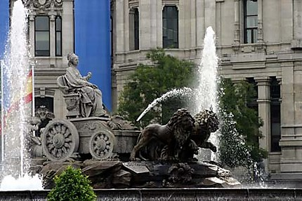 Fontaine de Cybèle