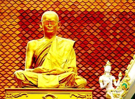 Buste du roi defunt Bhumibol