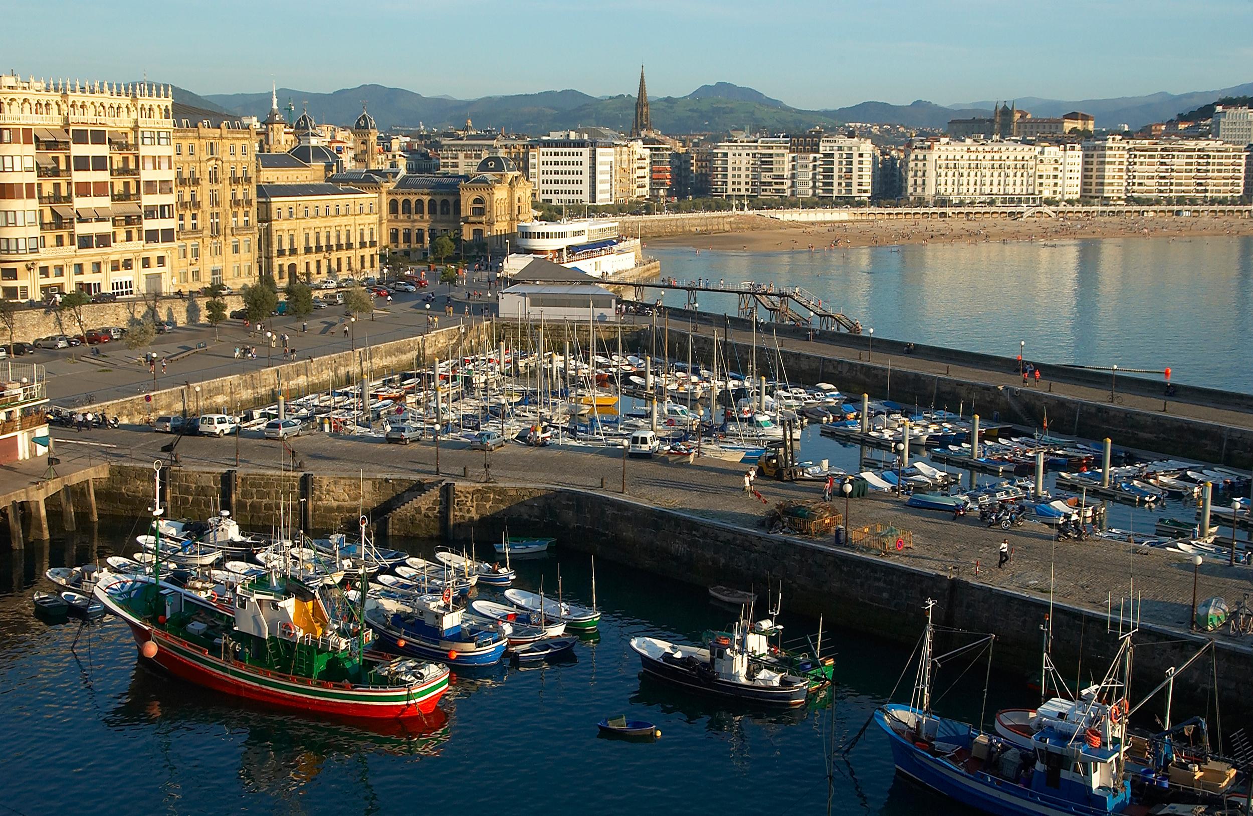 Bilbao et donostia san sebasti n l 39 avant garde id es - Office de tourisme san sebastian espagne ...