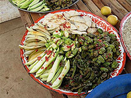 Composition de fruits avec sauce chili