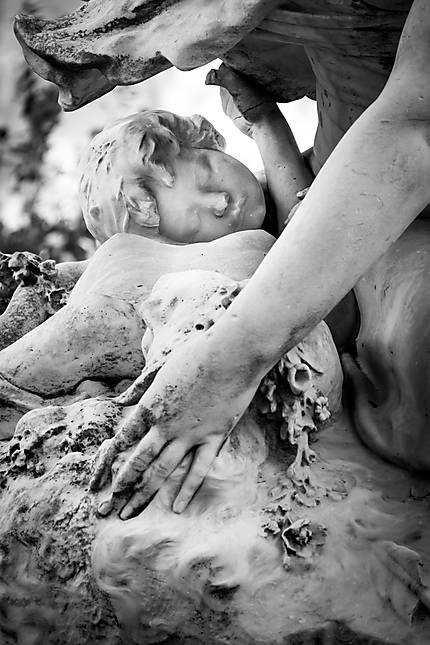 L'enfant, sculpture d'Hippolyte Lefèbvre