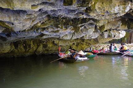 Marché flottant aux alentours de Tam Coc