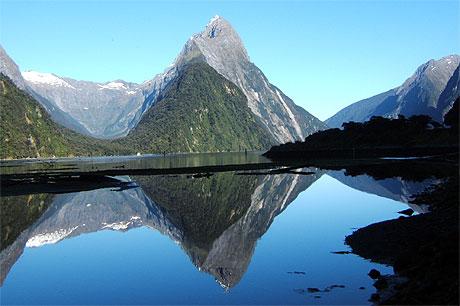 pl nitude montagne lacs milford sound fiordland national park le du sud nouvelle. Black Bedroom Furniture Sets. Home Design Ideas