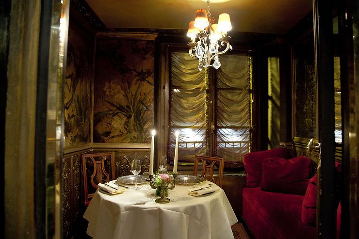 Dîner en tête-à-tête dans un salon particulier chez Lapérouse - Paris