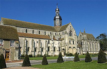 Eglise, St-Germer-de-Fly : Eglise : Abbatiale et Sainte-Chapelle : Saint- Germer-de-Fly : Oise : Picardie : Routard.com