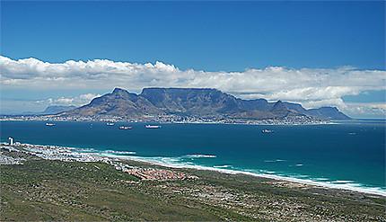 Table Mountain vu de loin