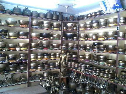 Patan : boutique de bol tibétain