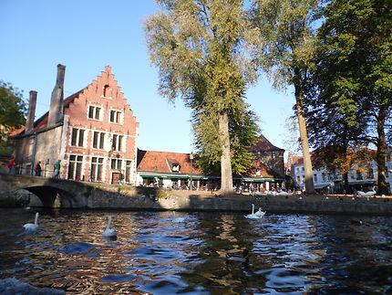 A l'entrée des béguinages, Bruges