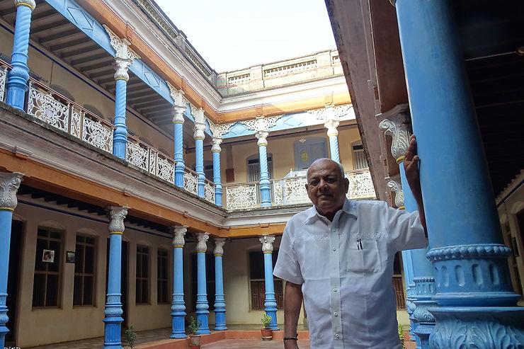 Chandramouli: splendeur, déclin et renaissance d'une riche famille