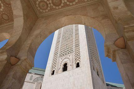 Sous les abris de la mosquée Hassan II...